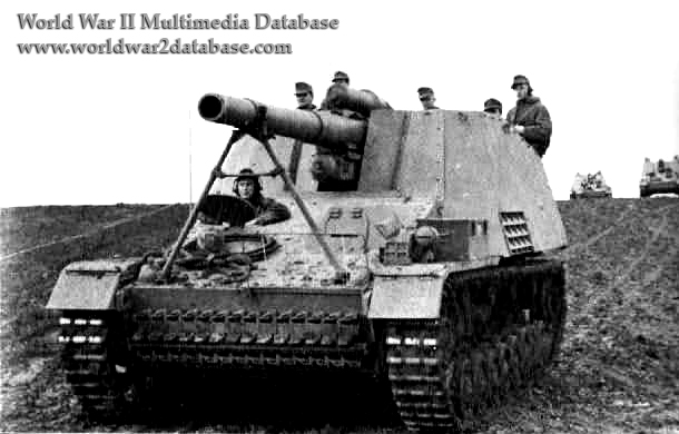 WW II German  Photo  **  Hummel Self-Propelled Gun  **